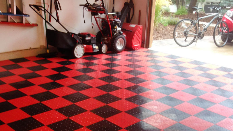What are the Advantages of Interlocking Tiles?